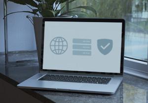 Domena, gostovanje in SSL certifikat – ali potrebujem vse?